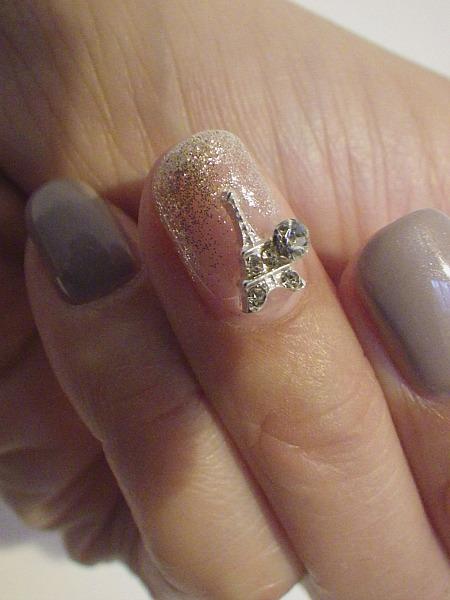 IMGP2190 nail art chez m tokyo gleige bijou tour effel