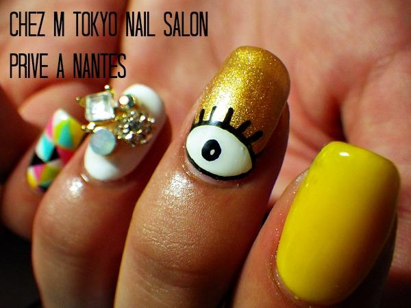 IMGP3068 modeles ongles nail art mode fashion yeux bijoux geometrique nail salon styliste prothésiste ongulaire à nantes.jpg