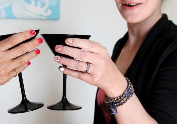 IMG_5980_modeles ongles nail art un enterrement de vie de jeune fille salon styliste prothésiste ongulaire à nantes.jpg
