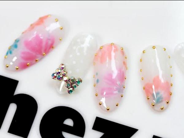modeles ongles nail art opalescente décorée nail salon styliste prothésiste ongulaire à nantes.jpg